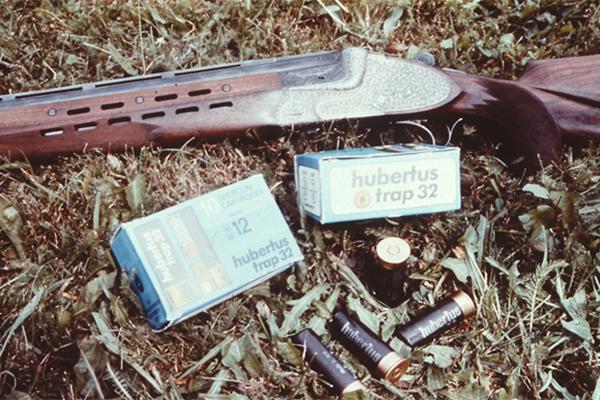 Bockdoppelflinte und Schrotmunition