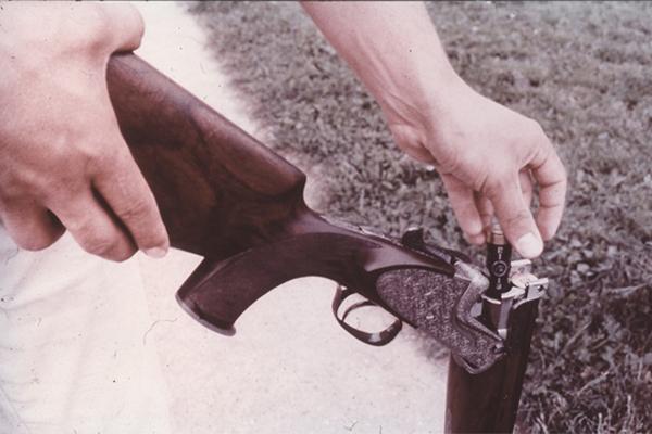 Laden der Waffen nach Freigabe des Schießbetriebs